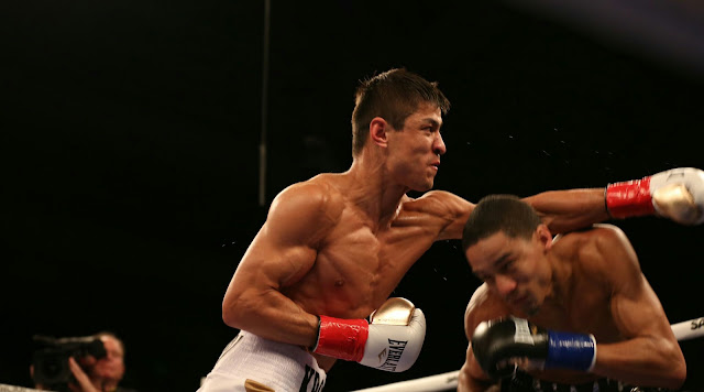 Ergashev defeats Fox by Unanimous Decision with scores of 96-94 and 98-92 ×2
