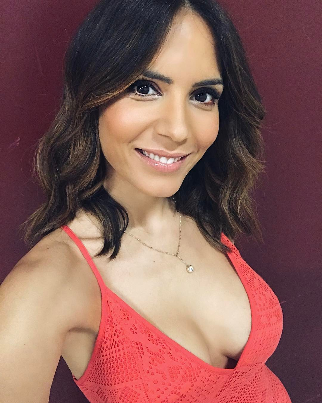Olívia Ortiz Looking Pretty and Cute
