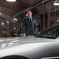 Daniel Craig James Bond suit car