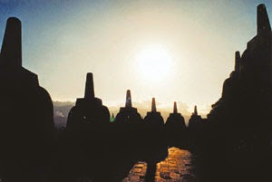 borobudur sunrise tours