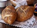 Pan de Ajo Asado y Semillas de Ghia