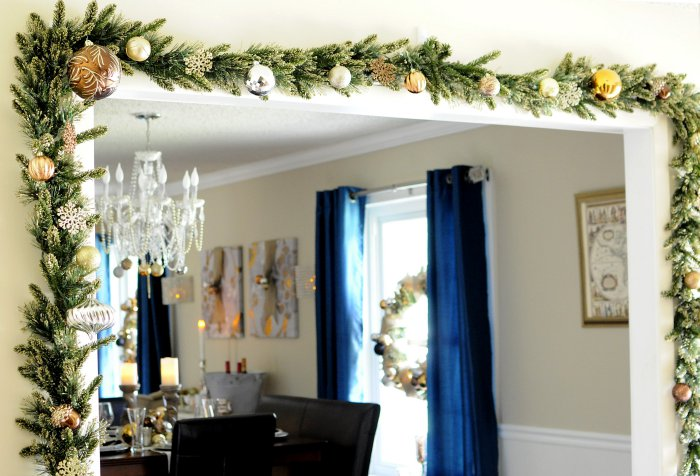 Christmas Decor Inspiration: Beautiful holiday photos featuring decor in bronze, gold, black, white, and red. So many great ideas to decorate all the rooms in your house this holiday season.   via monicawantsit.com