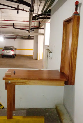 Mesa de trabajo plegable para herramientas en Lima