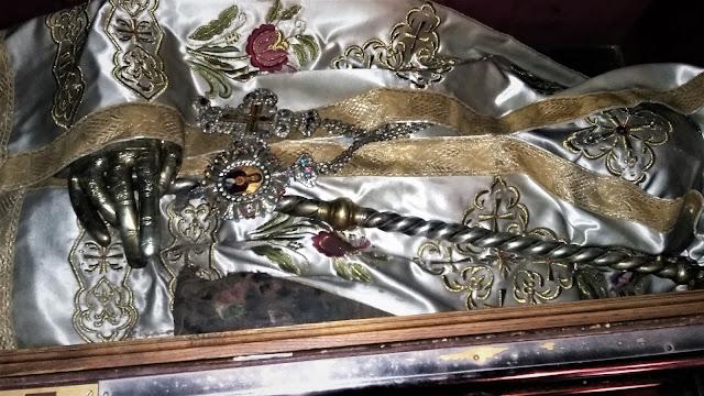 Λείψανα στην Ιερά Μονή Αναστασίας της Φαρμακολύτριας https://leipsanothiki.blogspot.be/