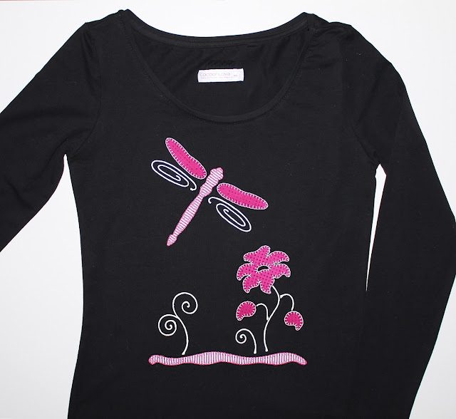 camiseta flor y libelula
