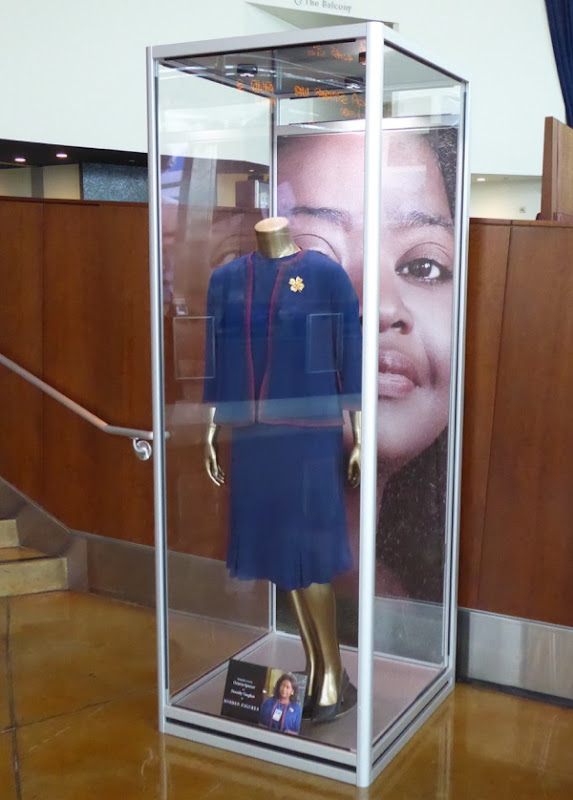 Octavia Spencer Hidden Figures movie costume