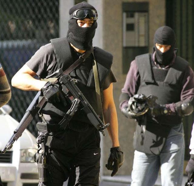 عنصر من القوات الخاصة الإسبانية