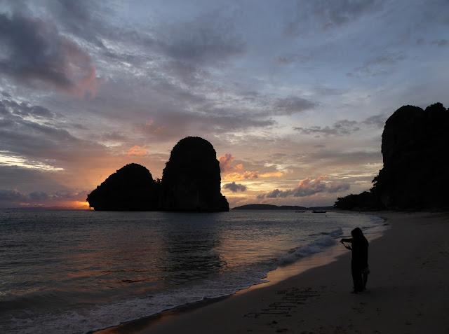 Phra Nang Beach - Atardecer en agosto de 2017