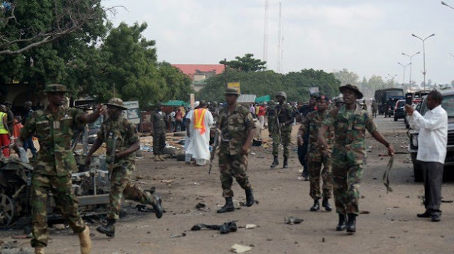Soldiers 'force' suicide bomber to blow self up