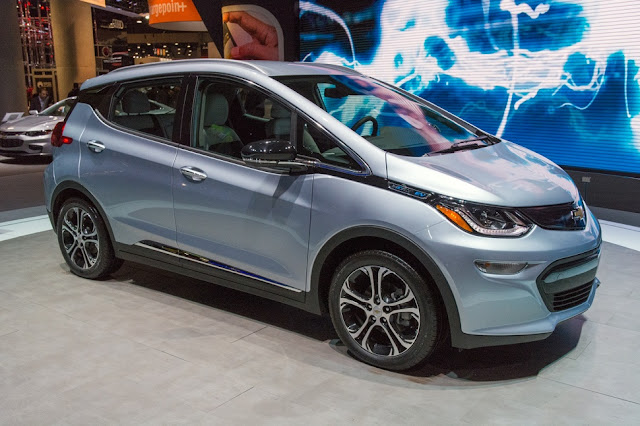 Tesla's P85D, Chevy-Bolt-Automobile