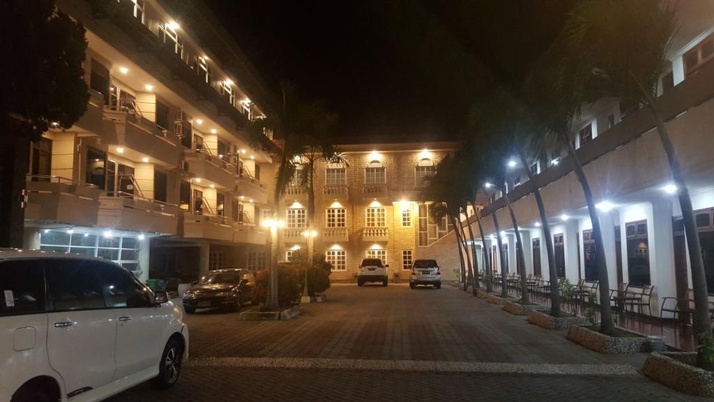 Hotel Sentral Terbaik dan Termurah di Kota Jombang, Jawa Timur Indonesia