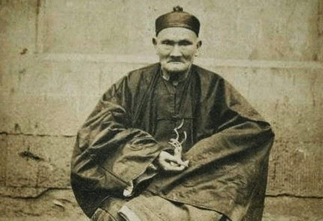 acest maestru chinez a devenit celebru pentru longevitatea sa extraordinara