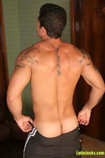 grossi cazzi gay in albergo