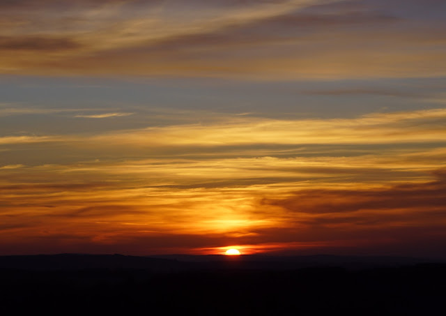 We've also had some fabulous sunsets at home after days of clear skies, sun and cold temperatures
