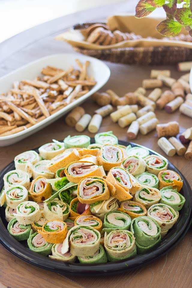 Start your party off right with these party food ideas and easy appetizer recipes for dips, spreads, finger foods, and appetizers. Start the party off right with a great appetizer.