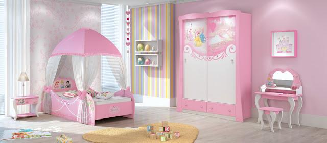 Dormitorios de princesas disney for Habitaciones infantiles disney