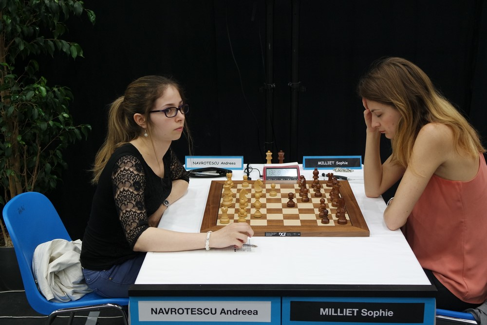 Andreea Navrotescu (2247) 1-0 Sophie Milliet (2382) © Chess & Strategy