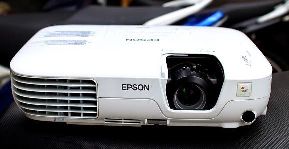 harga Jual Epson EB-X9 Proyektor Second