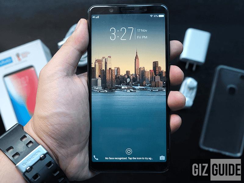 The Vivo V7+ has 5.7 inch 18:9 FullView Display