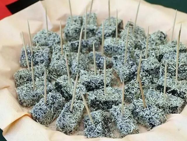 Необычный десерт из мха