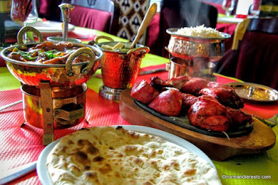 La présentation d'une table au restaurant indien Namasty au Havre