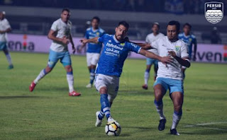 Persib Bandung vs Persela Lamongan 1-0 Video Gol Highlights -