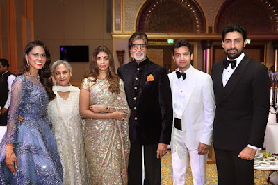 Anushka Rajan with the Bachchans in Wedding Reception