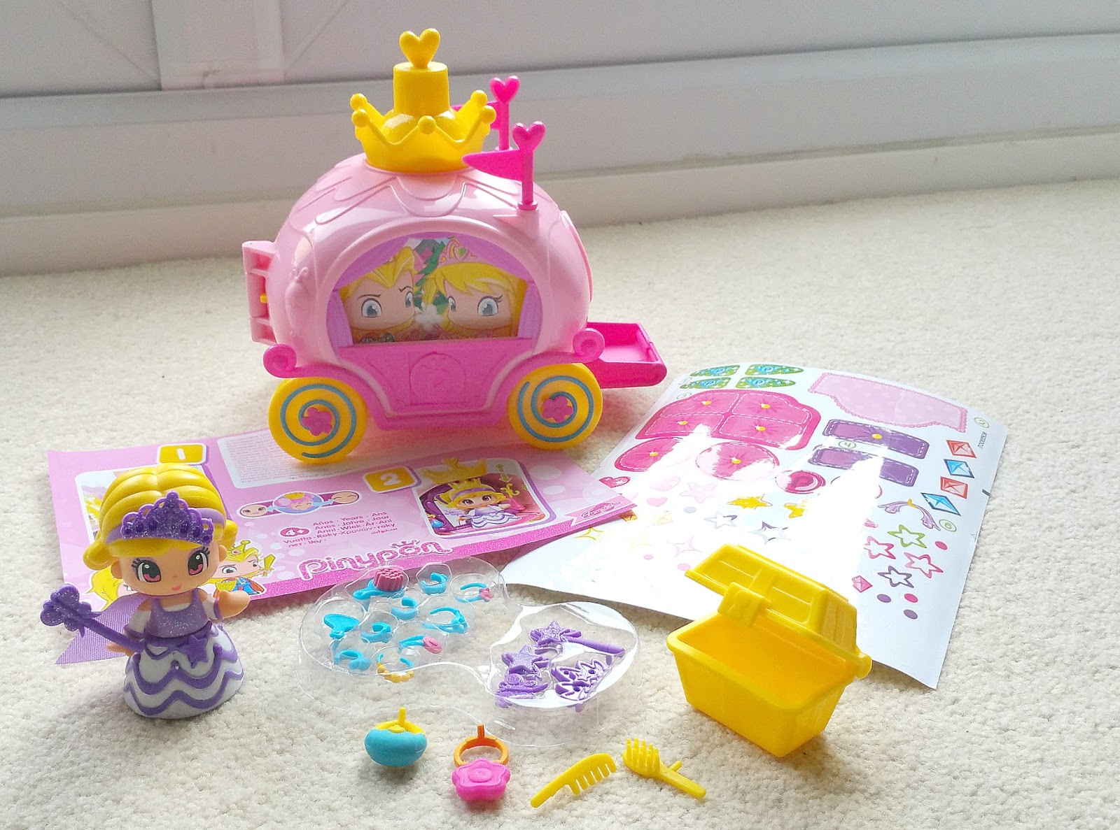 PinyPon Fairytale, Bandai toys, princess dolls