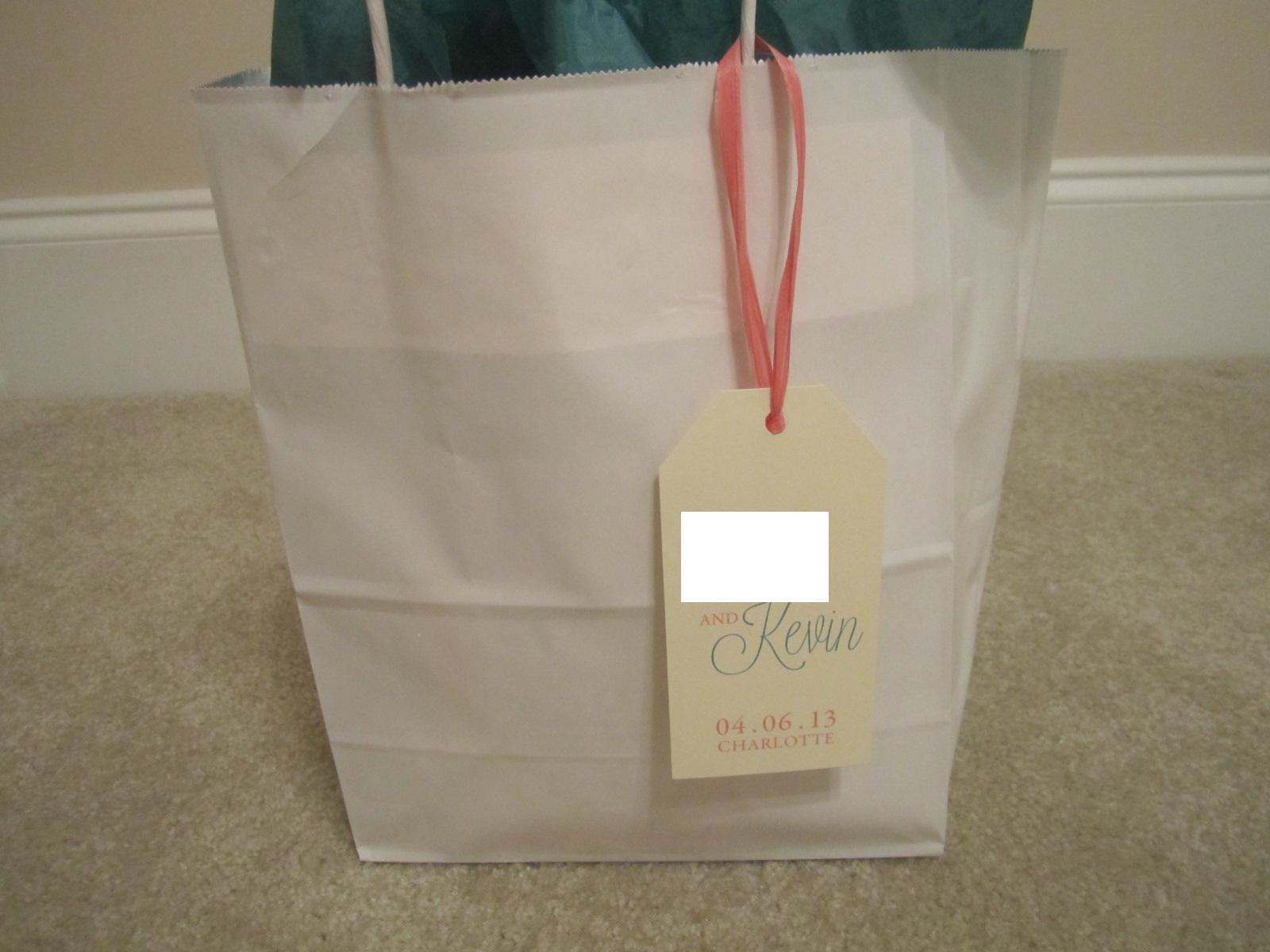 Wedding Hotel Bag Ideas: Classic Annie.: Wedding Pictures