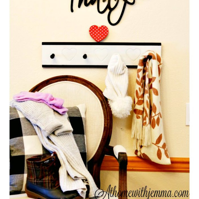 DIY Farmhouse Wall Hook Rack