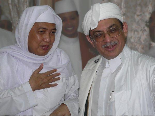 KH Ahmad Asrori Al ishaqi, Pribadi Istimewa Sang Pemilik Ilmu Ladunni