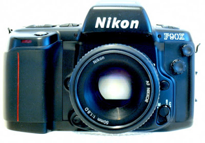 Nikon F90X, Front with lens