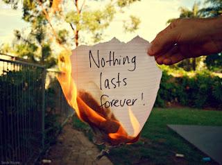 Chẳng có tình yêu nào là mãi mãi