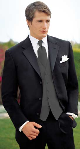 The Gorgeous Dark Suit For A Dressy But Not Formal Wedding Or Groom Who Absolutely Won T Wear Tuxedo Choose Charcoal Black Navy And