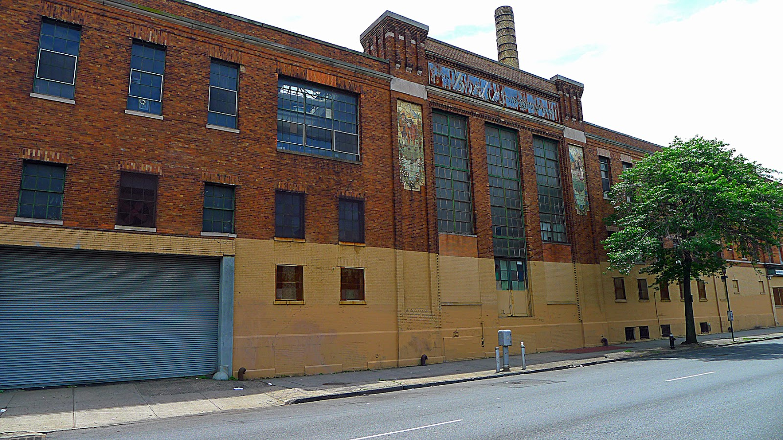 This Is The Atlantic Avenue Facade Of The Main Factory Building Built 1913 15 Designed By Otto Strack With Loading Bay Possibly More Recently Added And