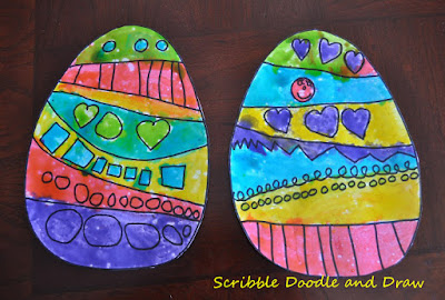 Create shiny Easter egg paintings with edible paint