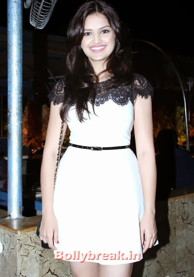 Tara Alisha Berry, Tara Alisha Berry Pics from Mastram Movie First Look Launch