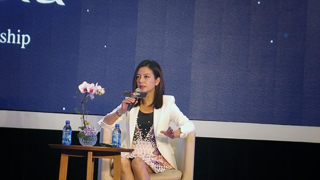 趙薇於20日在杭州「全球女性創業大會」上參與座談,盧諭緯攝