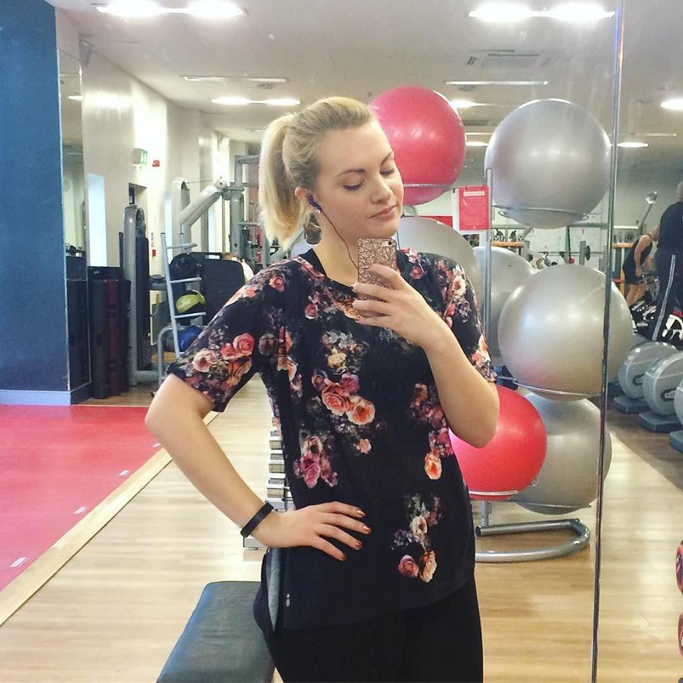 Oasis Activewear Collection, Katie Kirk Loves, Oasis Fashion, Pineapple Studios, Sportswear, Activewear, Gymwear, Fashion Blogger, UK Blogger UK Fashion Blogger, Outfit of the Day, Lifestyle Blogger, Motivation, Workout Motivation, Virgin Active