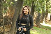 Nikesha Patel latest sizzling photos-thumbnail-7