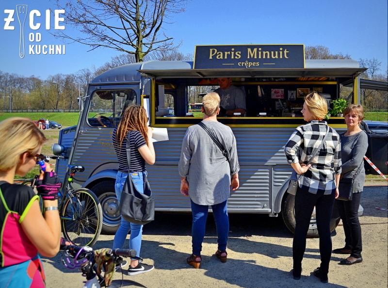 paris minuit, nalesniki, food truck, street food, zycie od kuchni