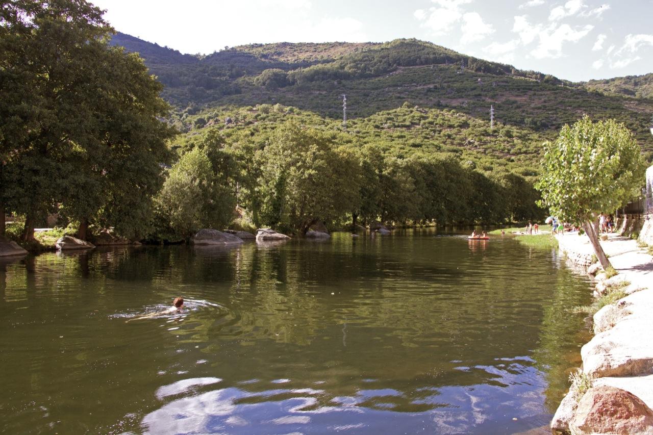 valle del jerte valle cereza habilitadas las piscinas
