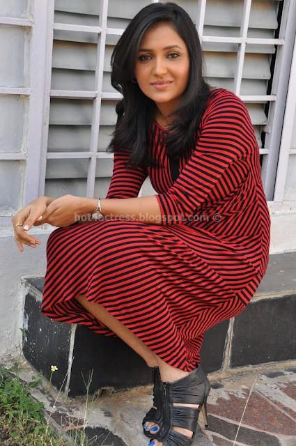 Sarayu Cute Photos