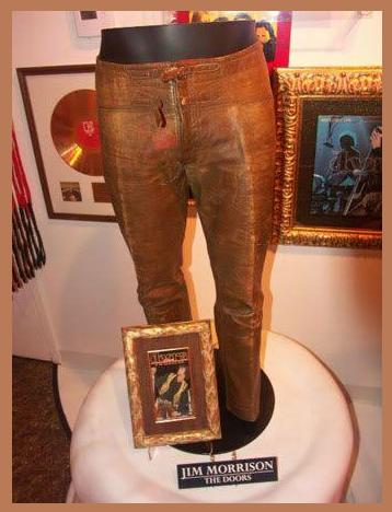 Dance On Fire As It Intends Exposicion Pantalon De Cuero Jim