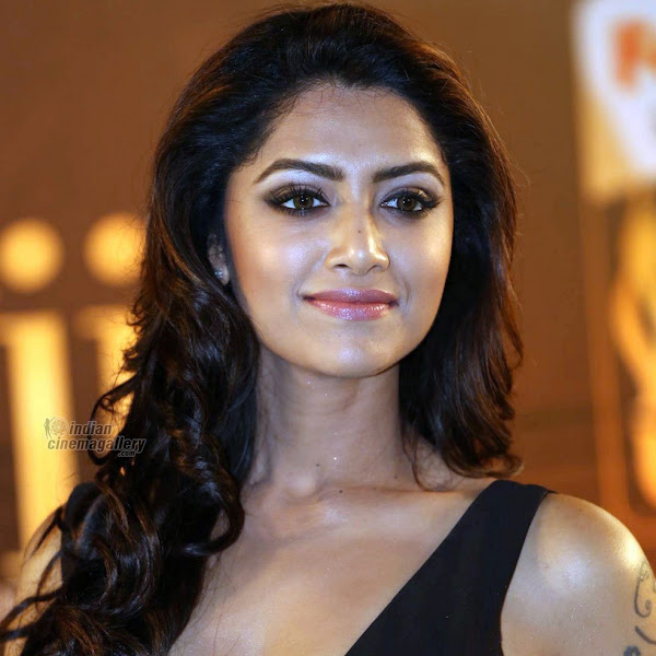 Mamta Mohandas latest photos from IIFA Utsavam Awards 2016