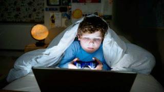 Hati Hati 7 Bahaya Main Game Online di Laptop