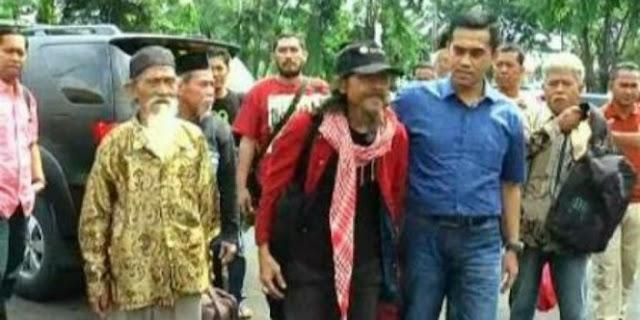 Polisi Berhasil Tangkap 7 Maha Guru Dimas Kanjeng Di Jakarta, Ternyata Profesi Mereka Diluar Dugaan
