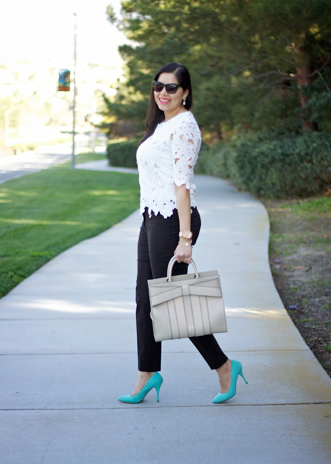 Lace crochet top sheinside, how to wear a white floral lace top, san diego style blogger, san diego fashion blogger, san diego fashion, san diego street style