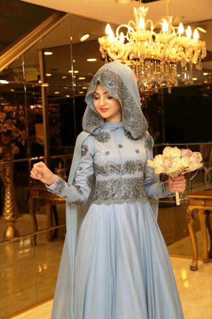 Inspirasi Gaun Muslimah Cantik dan Trendy 2001621
