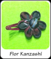 Flor Kanzashi para el pelo